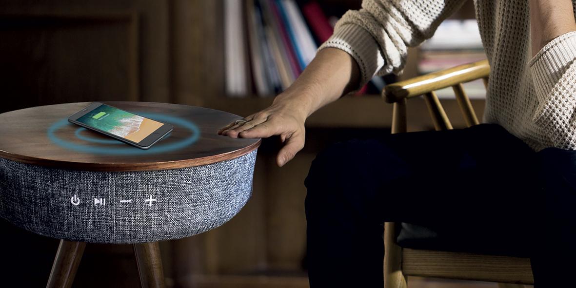 Dag Import cartonne sur le segment du cadeau d'affaires avec sa table enceinte Blaupunkt.