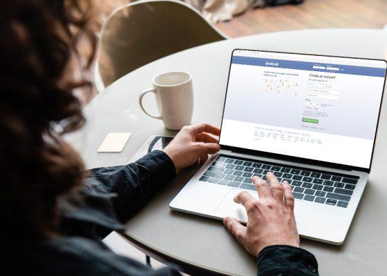 Découvrez comment vous approprier les algorithmes des différents réseaux sociaux pour booster votre visibilité.
