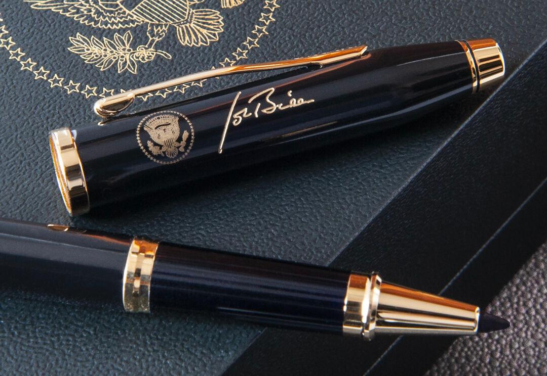 cross-stylo-biden